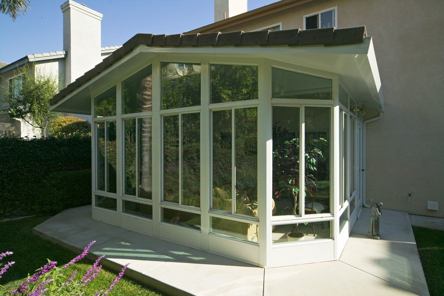 Lakeside Sunroom Contrator